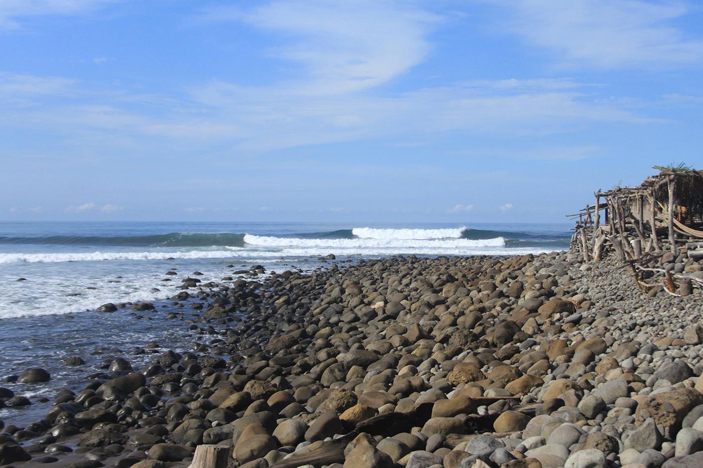 El Zonte Surfing El Salvador