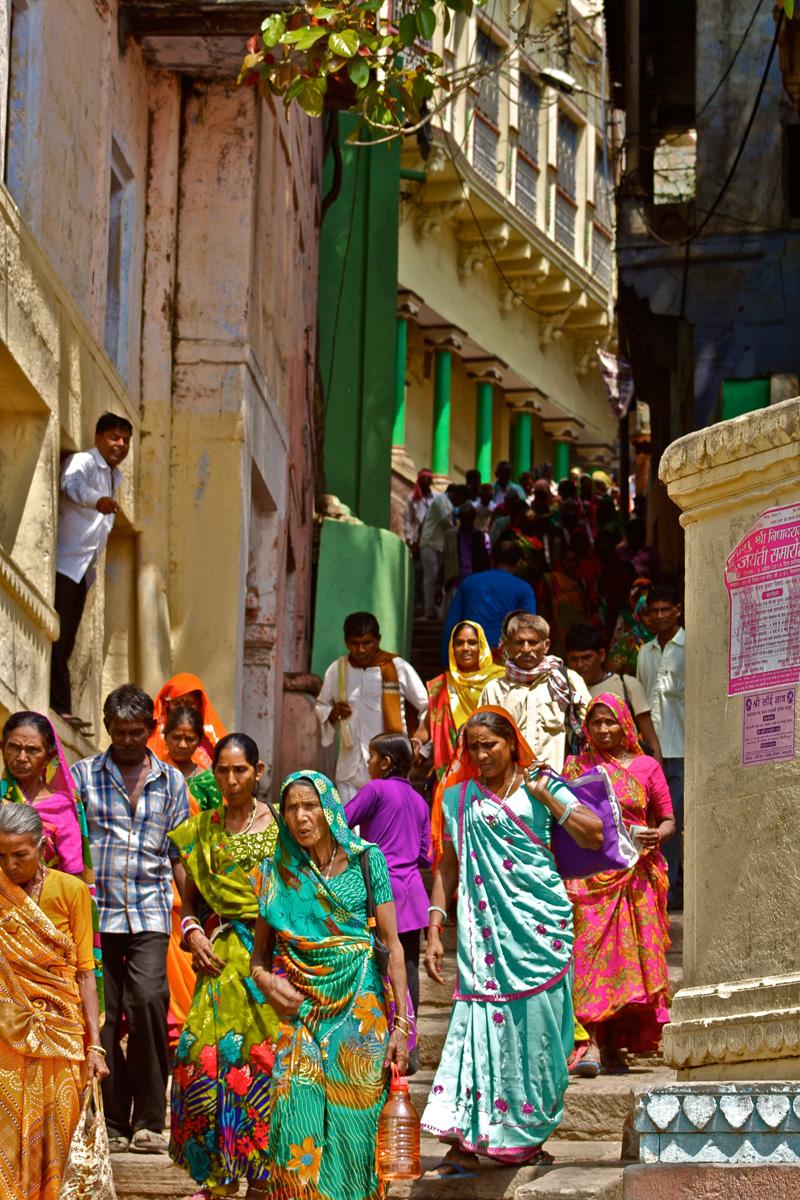 Colorful Varanasi ©thefreesurfer.com