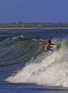 surfing sri lanka ©thefreesurfer.com