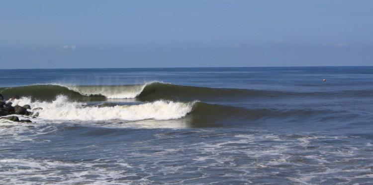 Surf Guatemala @thefreesurfer.com