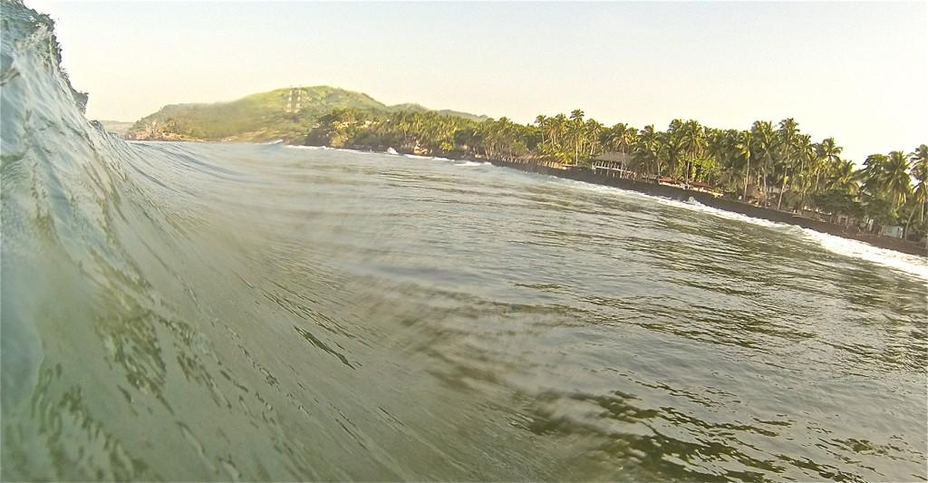El Zonte Beachbreak El SAlvador surfing