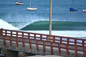 surfing peru lobitos el molle ©thefreesurfer.com