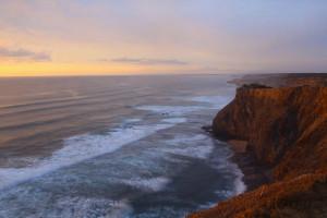 surfing portugal algarve sunset ©thefreesurfer.com