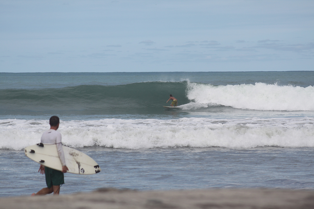 When I cam back the next time, the sand was not right, and no barrels. But as all the Mexicans knew about this, non of them bothered to come. We had the fat but fun waves between a handful of us thefreesurfer.com