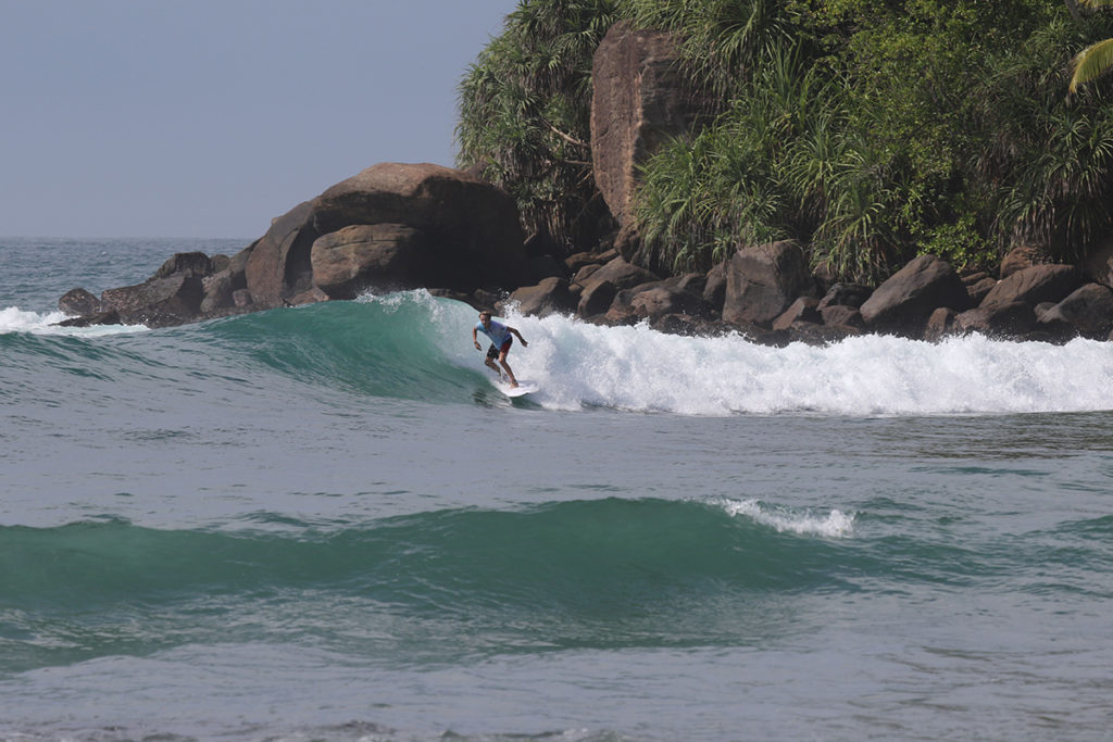 Surfing Sri Lanka Mirissa ©thefreesurfer.com