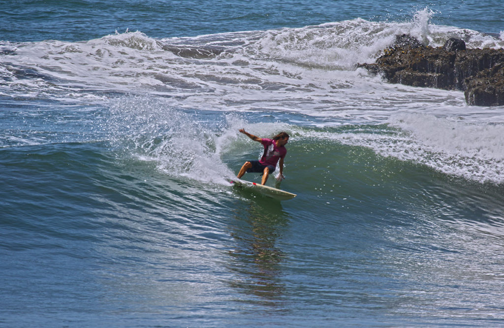 learn how to surf cut back ©thefreesurfer.com
